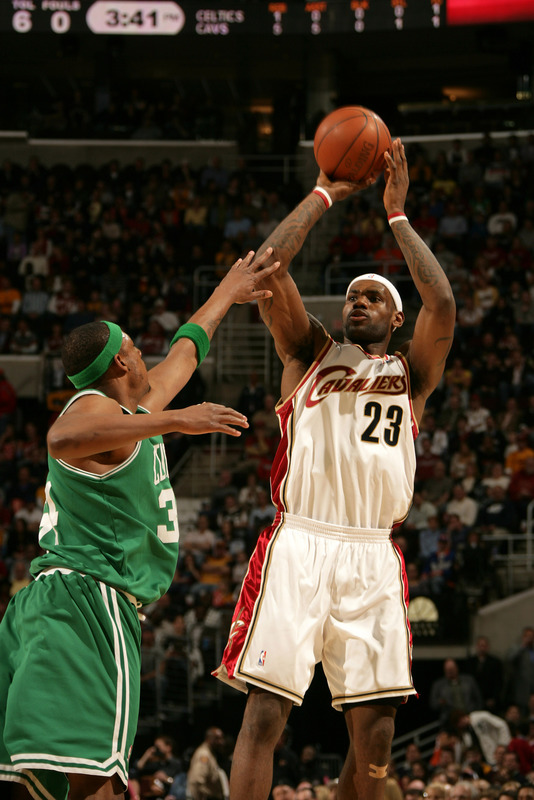 Copyright 2009 NBAE (Photo by David Liam Kyle/NBAE via Getty Images)
