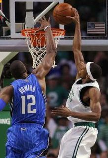 Rondo dunks on howard