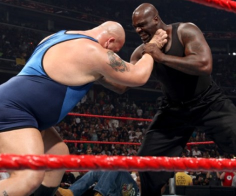 Shaquille_oneal_wwe_monday_night_raw