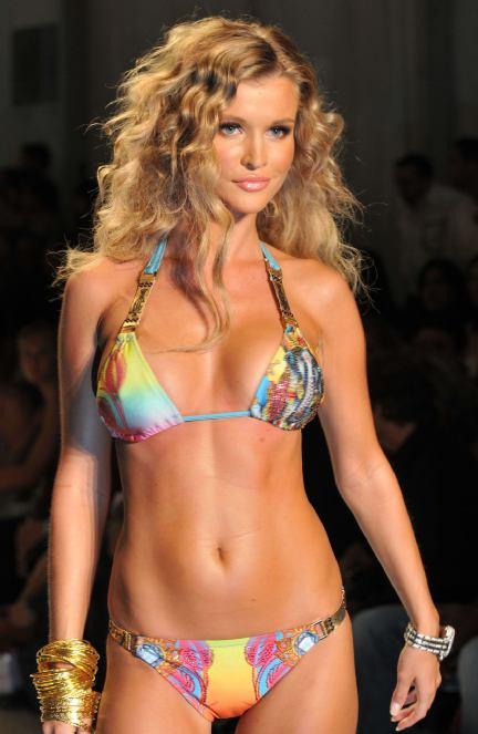 Joanna-krupa-cindy-taylor-bikini-3.0.0.0x0.432x663