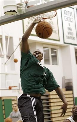 Pierce dunk