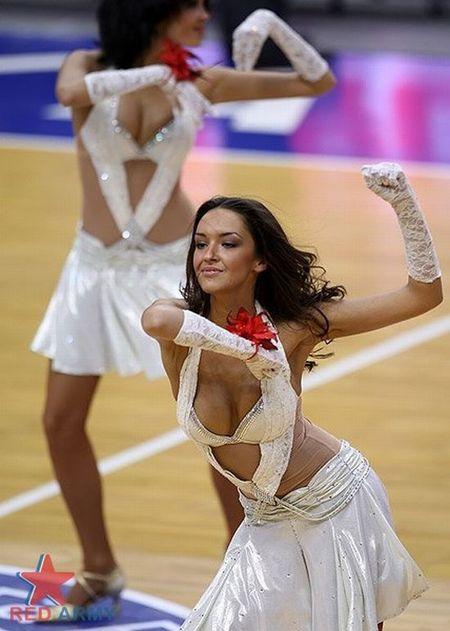 Russian_cheerleaders_17