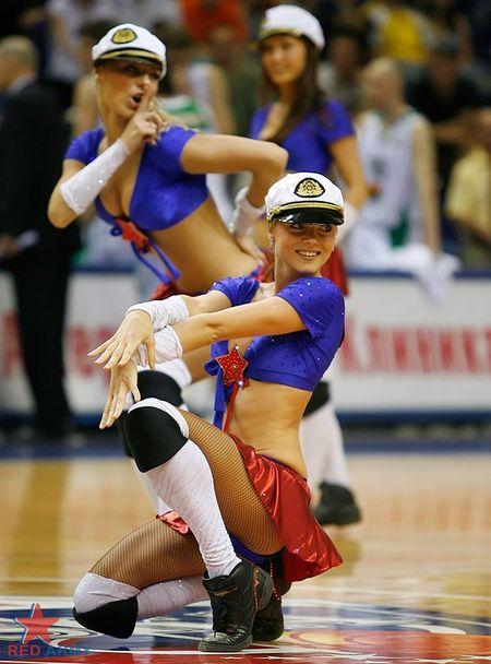 Russian_cheerleaders_10