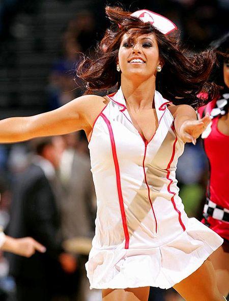 Spurs-silver-dancers(4)
