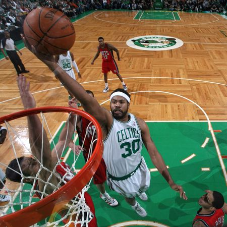 Sheed at the rim