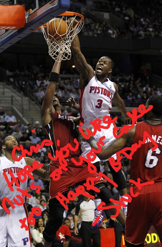 Stuckey dunks on bosh autographed