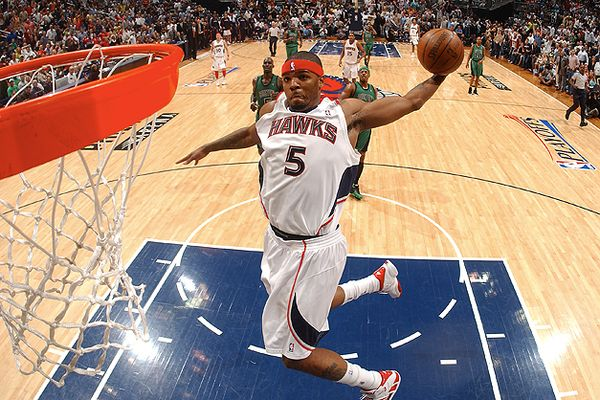 Josh smith dunks celtics