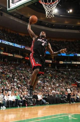 Lebron dunks game 4