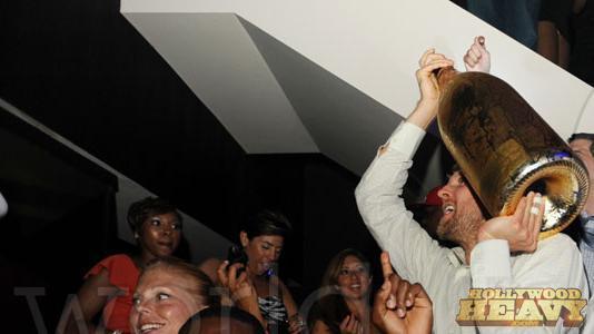 Dirk celebrates