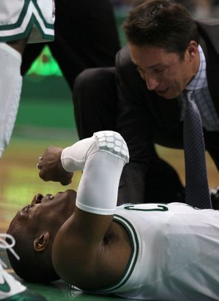 Rondo on the floor