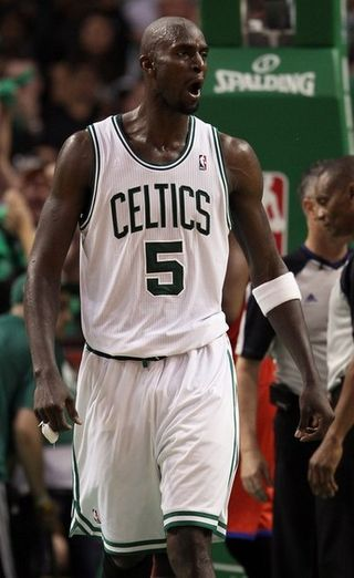 Kevin garnett reacts to 4th quarter foul against Philadelphia