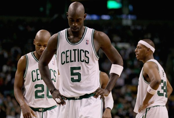 Ray allen kevin garnett paul pierce look tired during Pacers game