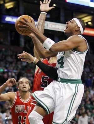 Paul pierce drives against Chicago