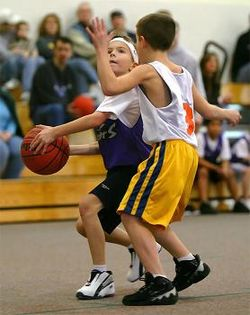 Youth-basketball-fundamentals-and-offensive-plays-57-yr-olds-21357905