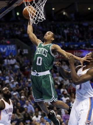 Avery Bradley dunks in okc game